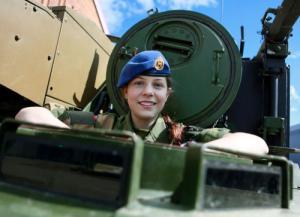 (美人が多目)働く兵隊の女の子の画像の数々!の画像(19枚目)