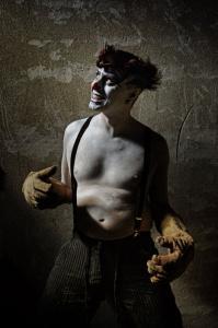 なんの癒しにもならない!超怖いピエロのコスプレ画像の数々の画像(7枚目)