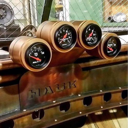 市販のオフロード車をマッドマックスの自動車みたいに凄いカスタム!の画像(4枚目)