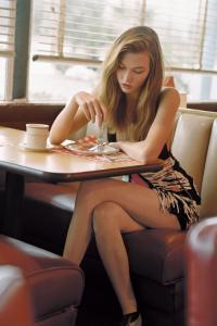 ちょっとくだけた感じの女性モデルの写真あれこれ!の画像(34枚目)