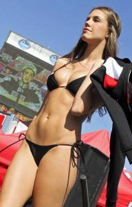 スタイル抜群!モータースポーツのコンパニオンさんの画像の数々!!の画像(82枚目)