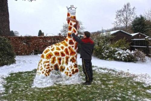 【画像】海外の雪祭りとか色々な雪像がやっぱ海外って感じで面白いwwwの画像(31枚目)
