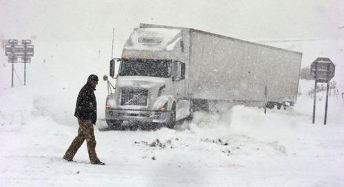 【画像】大雪のニューヨークで日常生活が大変な事になっている様子!の画像(41枚目)