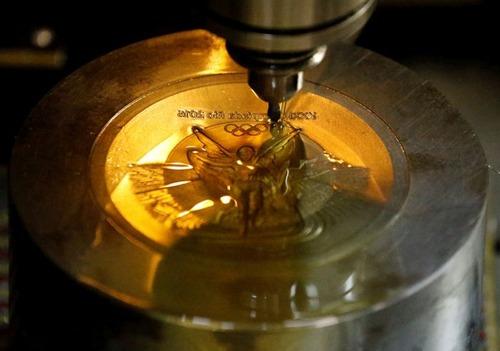 オリンピックのメダルの作り方の画像(10枚目)
