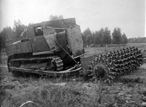 撤去は大変…昔の地雷処理戦車の画像の数々!!の画像(12枚目)