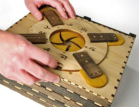 woodenpuzzlebook02