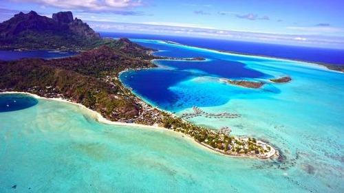 【画像】地上最後の楽園と呼ばれている「ボラボラ島」の絶景!の画像(15枚目)