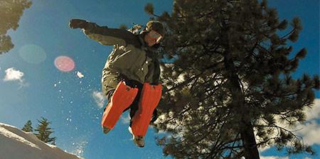 走って!跳んで!滑れる!新感覚のソリ「SLED LEGS」が楽しそうwwwの画像(1枚目)