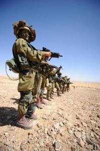 可愛いけどたくましい!イスラエルの女性兵士の画像の数々!!の画像(38枚目)