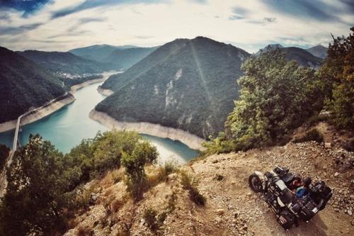 【画像】1台のバイクで家族3人が41カ国を4ヶ月で制覇!!の画像(35枚目)