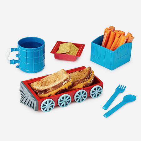 機関車に変形する食器の画像(3枚目)