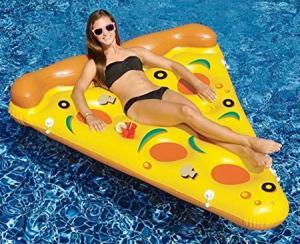 水辺で楽しい!たくさん合体するピザ型のフロートマットが面白い!!の画像(2枚目)