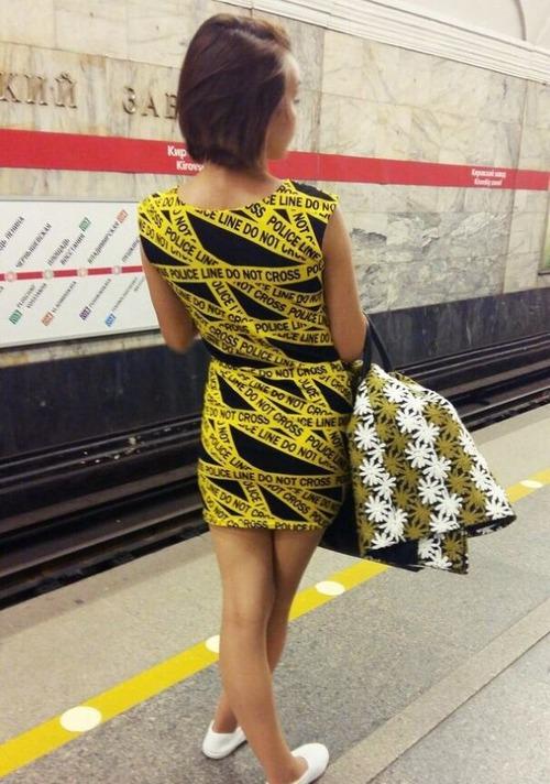 電車や駅で見かけた変った人達の画像(22枚目)