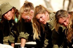 可愛いけどたくましい!イスラエルの女性兵士の画像の数々!!の画像(77枚目)