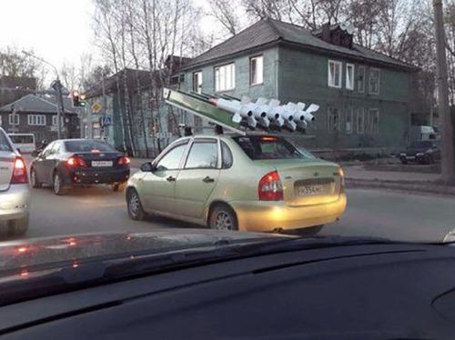 【画像】運転中に気になるちょっとカオスな風景!の画像(30枚目)