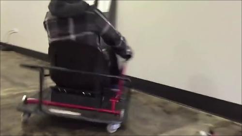 【動画】カートのドリフト運転_000005333
