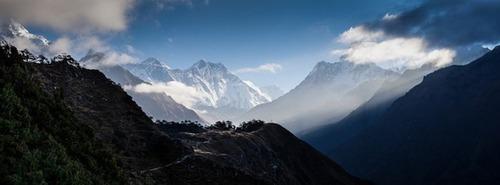 【画像】標高8850m!エベレストの幻想的な風景!!の画像(12枚目)