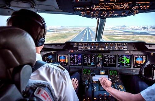 複雑過ぎ!飛行機のパイロットが見ている風景の画像の数々!!の画像(13枚目)