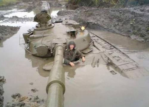 戦車が事故の画像(2枚目)