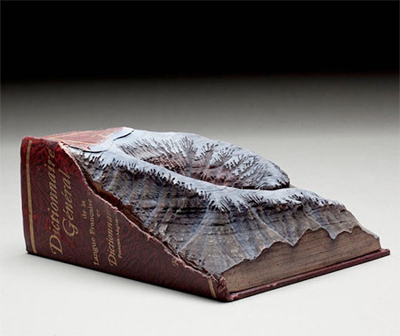 【画像】分厚い本が絶景になる!本を使ったアートが凄い!!の画像(3枚目)