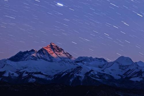 【画像】標高8850m!エベレストの幻想的な風景!!の画像(11枚目)