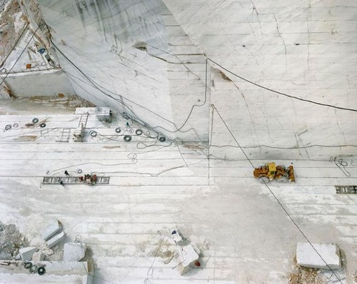 【画像】大理石の採掘場がゲームや物語のダンジョンみたいで凄すぎる!!の画像(5枚目)