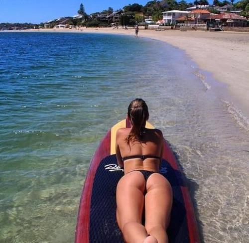 可愛くて魅力的なサーフィンしている女の子の画像の数々!!の画像(33枚目)