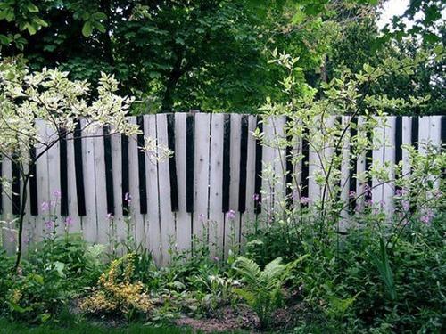 面白いちょっと魅力的な塀や柵をしている家の画像の数々!!の画像(25枚目)
