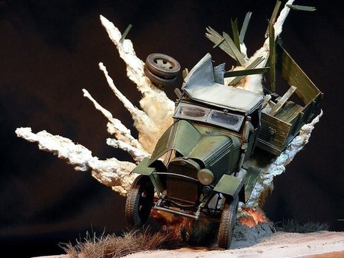 【画像】爆撃を受けたトラックのジオラマの躍動感が凄い!!の画像(6枚目)