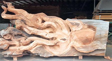 タコの彫刻05