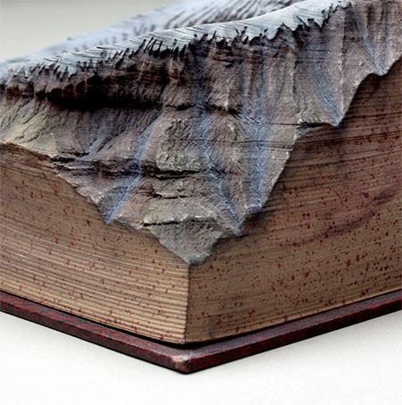 【画像】分厚い本が絶景になる!本を使ったアートが凄い!!の画像(7枚目)