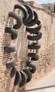 【画像】廃棄タイヤが不思議なアートに変身!の画像(7枚目)