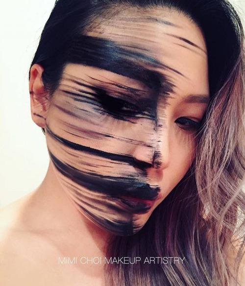顔面が崩壊しているフェイスペイントの画像(10枚目)