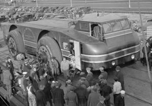 【画像】ずっと昔に作られた南極探索用の自動車がなんだか凄い!の画像(3枚目)