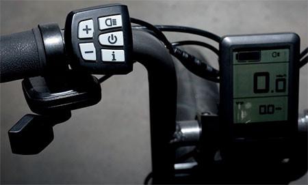 【画像】気分はアウトロー!バイクのように乗れる電動自転車!!の画像(5枚目)
