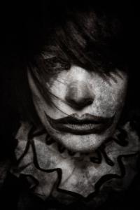 なんの癒しにもならない!超怖いピエロのコスプレ画像の数々の画像(4枚目)
