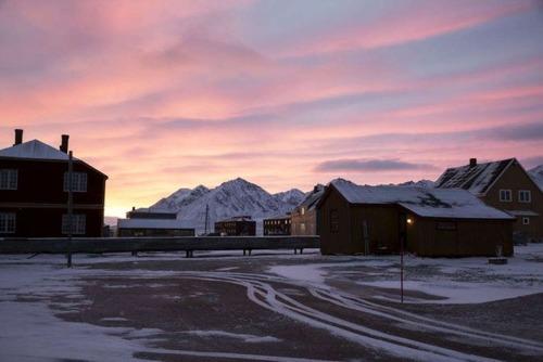 ほぼ世界の最北!極寒の村の風景の画像の数々!!の画像(12枚目)