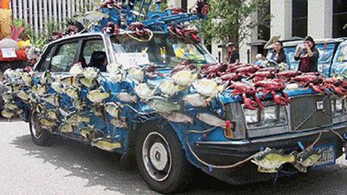 【画像】とりあえず目を引く!かっこ良かったり悪かったりする自動車のカスタム!!の画像(40枚目)
