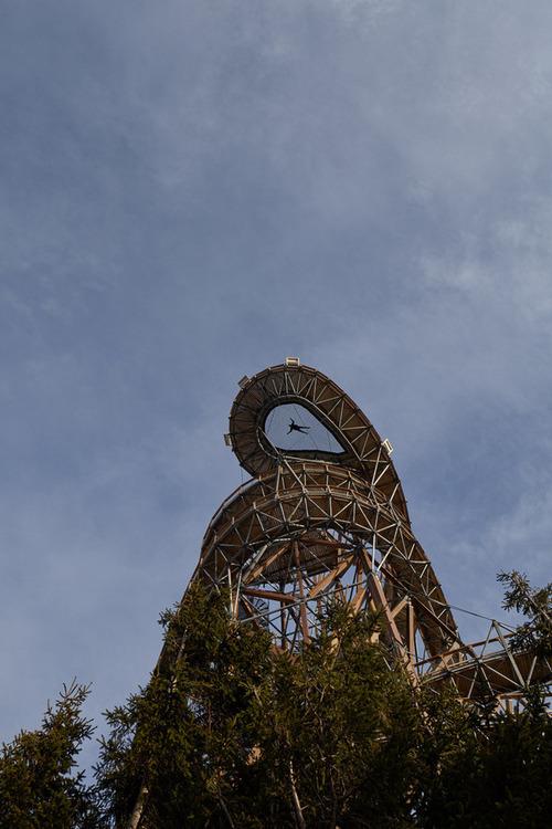 【画像】チェコ共和国にある超巨大で超怖過ぎる滑り台!!の画像(10枚目)