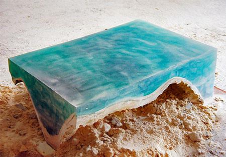 【画像】まるで深海そのもの!深い海の底のようなテーブルが凄い!!の画像(3枚目)