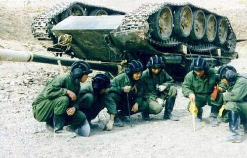 戦車が事故の画像(3枚目)