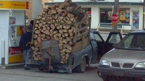 運搬している自動車の画像(18枚目)