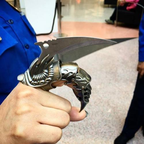 飛行機で没収された隠し武器の画像(1枚目)