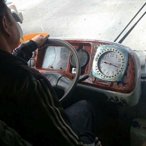 【画像】運転中に気になるちょっとカオスな風景!の画像(5枚目)