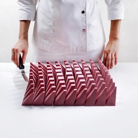 幾何学模様の不思議なケーキ02