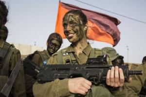 可愛いけどたくましい!イスラエルの女性兵士の画像の数々!!の画像(48枚目)