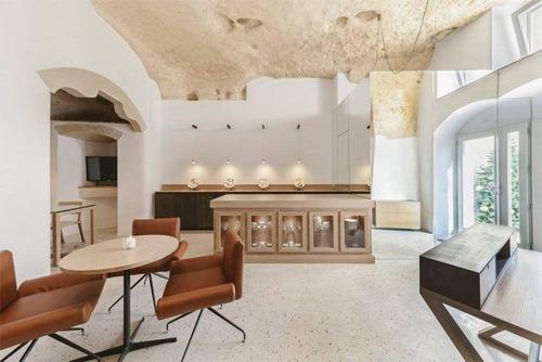 イタリアの洞窟がそのまま住宅街の画像(5枚目)