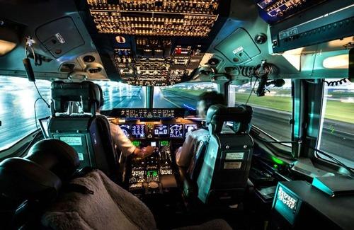 複雑過ぎ!飛行機のパイロットが見ている風景の画像の数々!!の画像(2枚目)