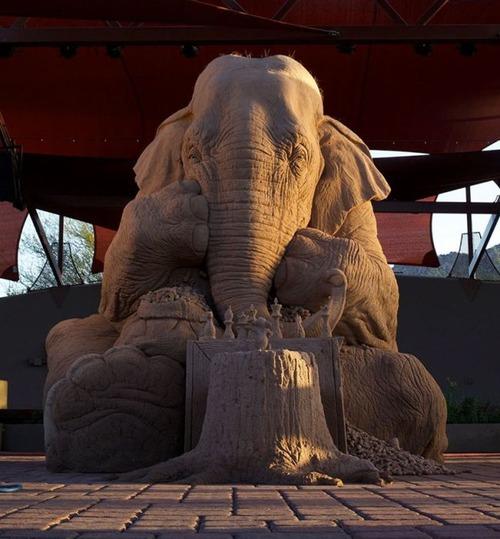 【画像】驚愕のサンドアート!砂で出来た象の像が凄い!!の画像(4枚目)