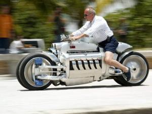 世界に10台5500万円のバイク!ダッジ・トマホークがやっぱり凄い!!の画像(3枚目)